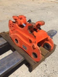 Everdig  Hydrulic Hitch to suit 8T excavator
